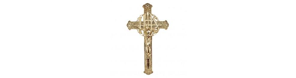 Krzyże z tworzywa